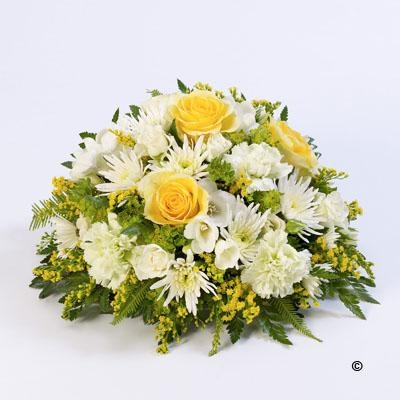 Classic Posy   Yellow and White *
