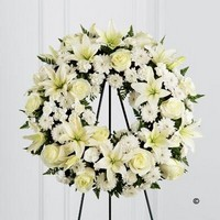 White Tribute Wreath *